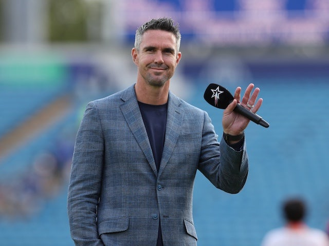 Kevin Pietersen Sunil Narine