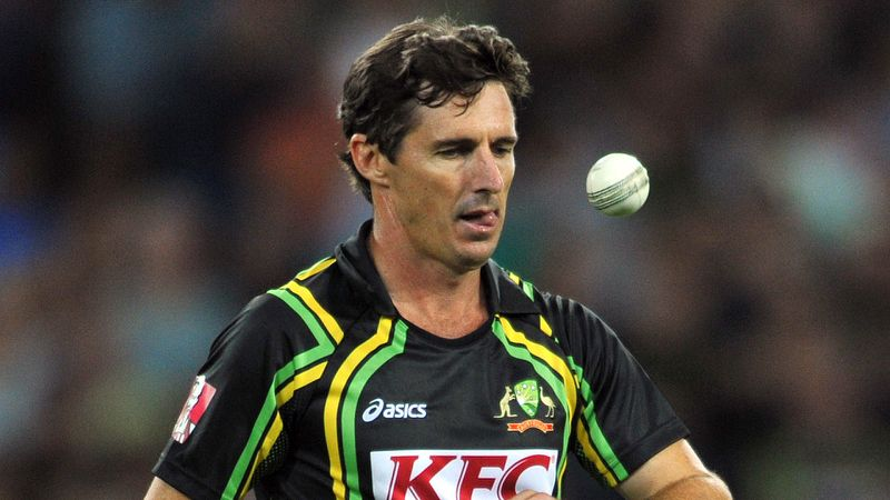 """Brad Hogg says """"AB de Villiers is unsure of his future"""" in IPL 2021"""