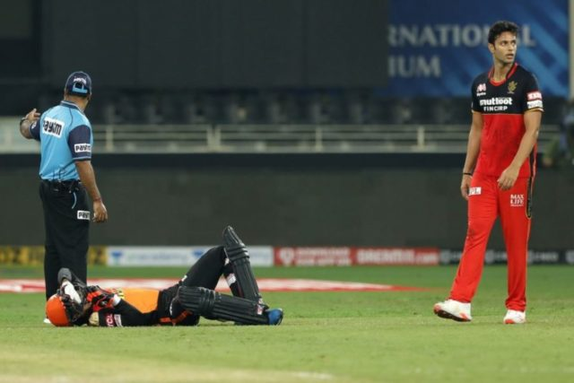Watch - Rashid Khan Knocked Down After Ugly Collision With Abhishek Sharma
