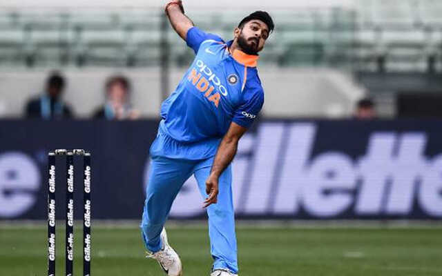 Vijay Shankar Bowling Skills