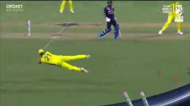 Watch: Moises Henriques Takes A Brilliant Diving Catch To Dismiss Virat Kohli