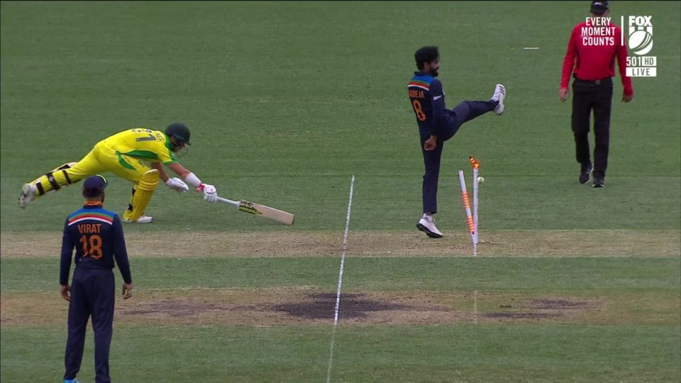 Watch - Shreyas Iyer Hits Bullseye To Get Rid Of David Warner