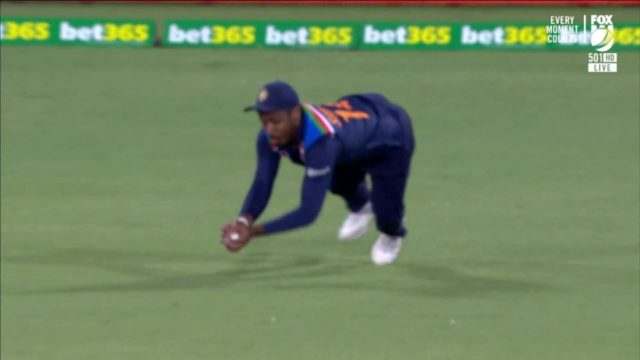 Watch - Sanju Samson Grabs A Perfect Catch To Get Rid Of Steve Smith