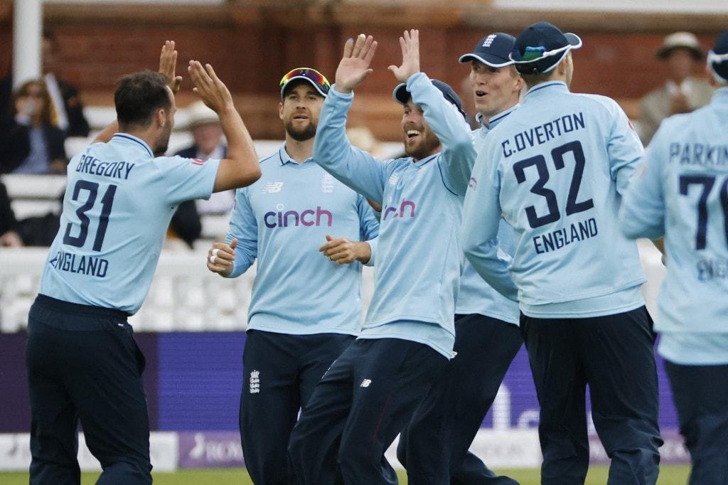 England vs Pakistan Whitewash Twitter