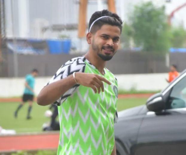 Shreyas Iyer playing football