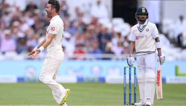 James Anderson Dismisses Virat Kohli