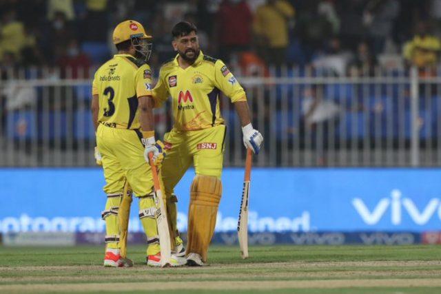 Suresh Raina-MS Dhoni vs RCB